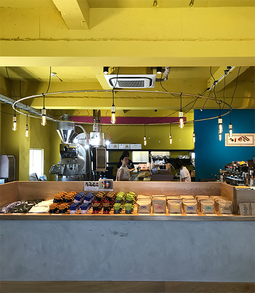 manu coffee roasters / クジラ店